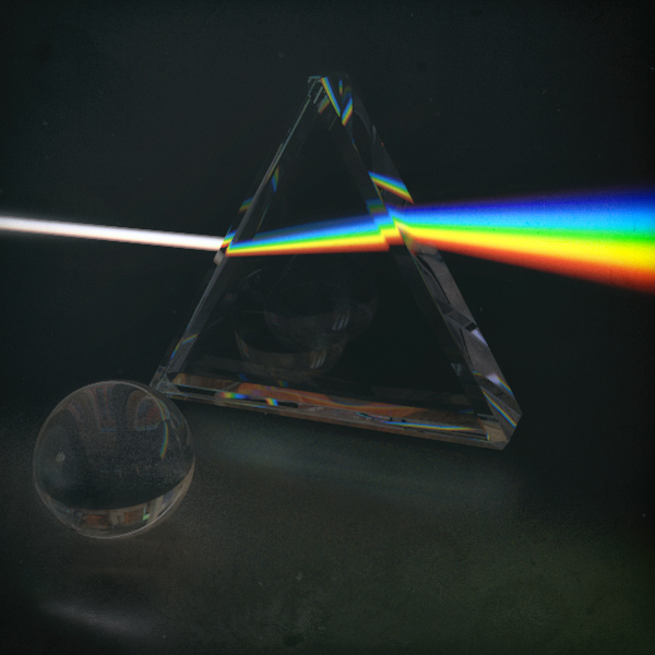 Light Beams Within a Prism : Cinema4D